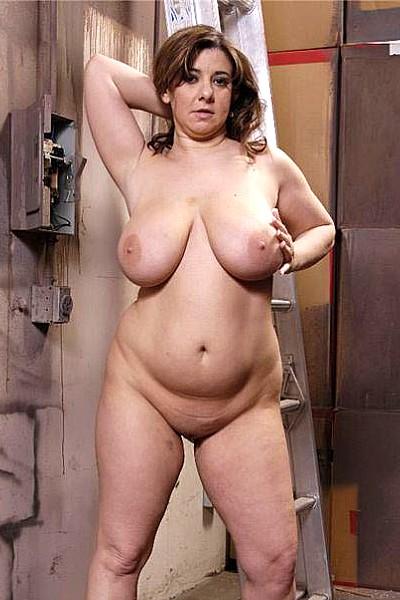 Ремонтник оттрахал толстую хозяйку