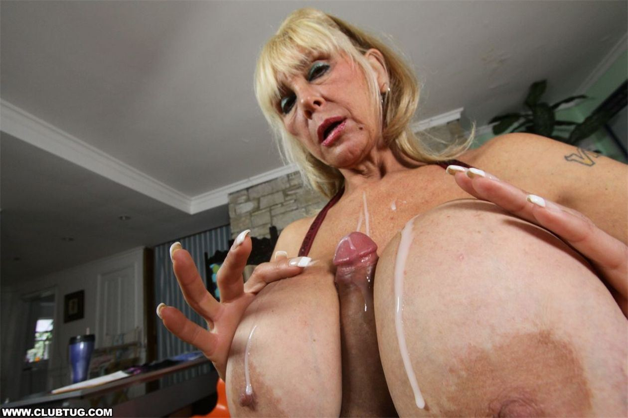 порно фото огромные титьки бабушки