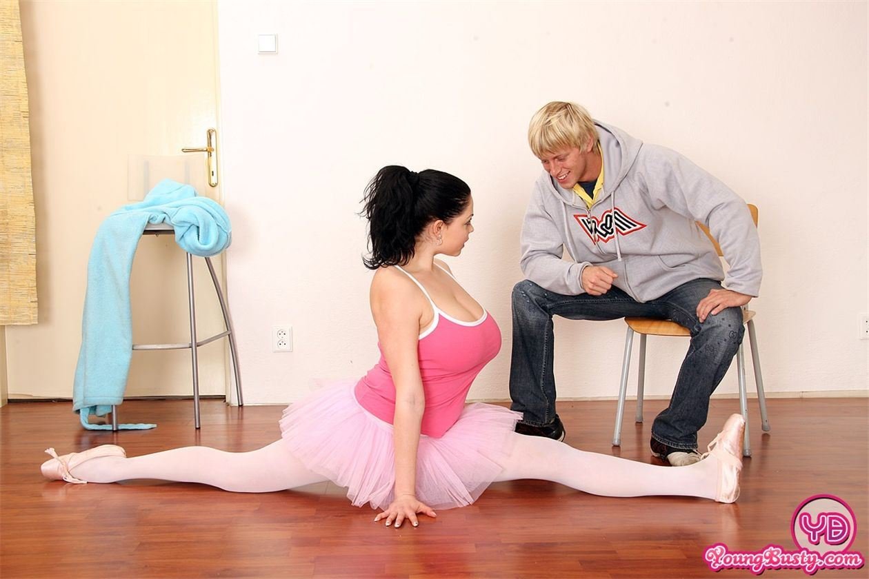 порно фото женщина с вытекающей спермой из пизды