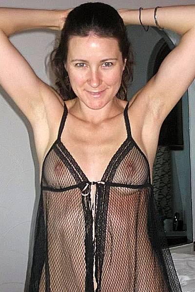 Любительские фото женщины в прозрачном белье