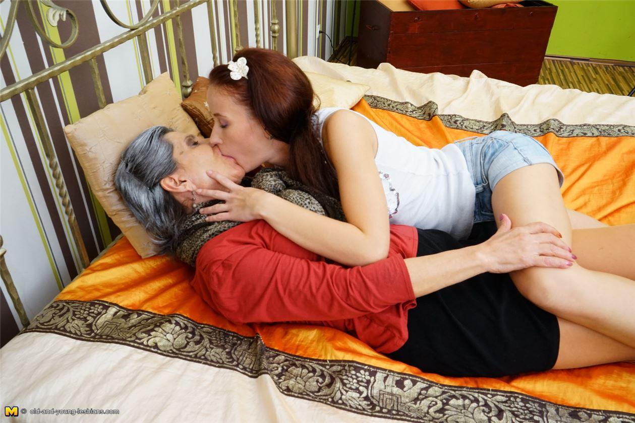 Лесбиянки Лесби Секс лесбиянок  смотреть бесплатное