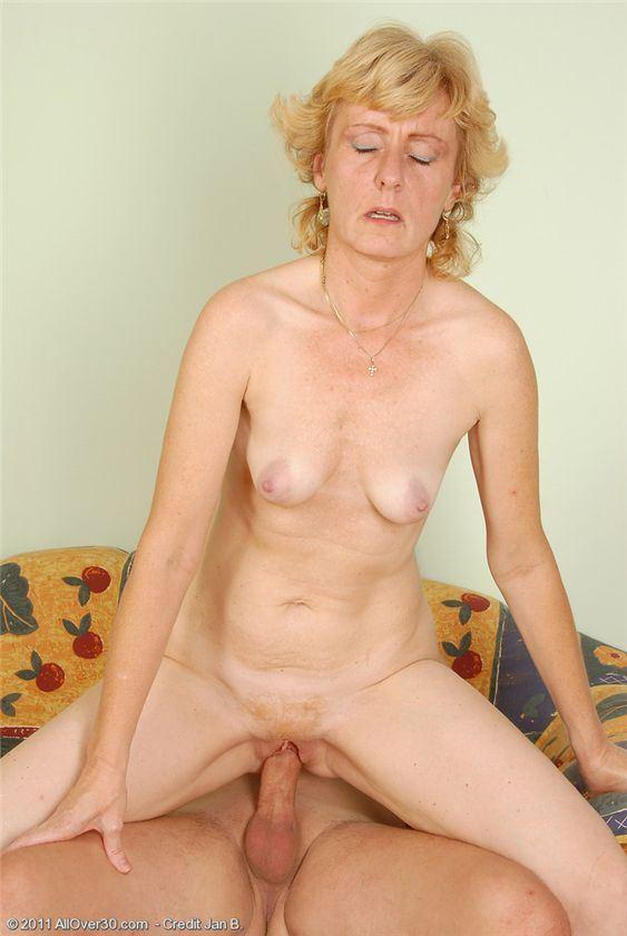порно фото бабуля в чулках