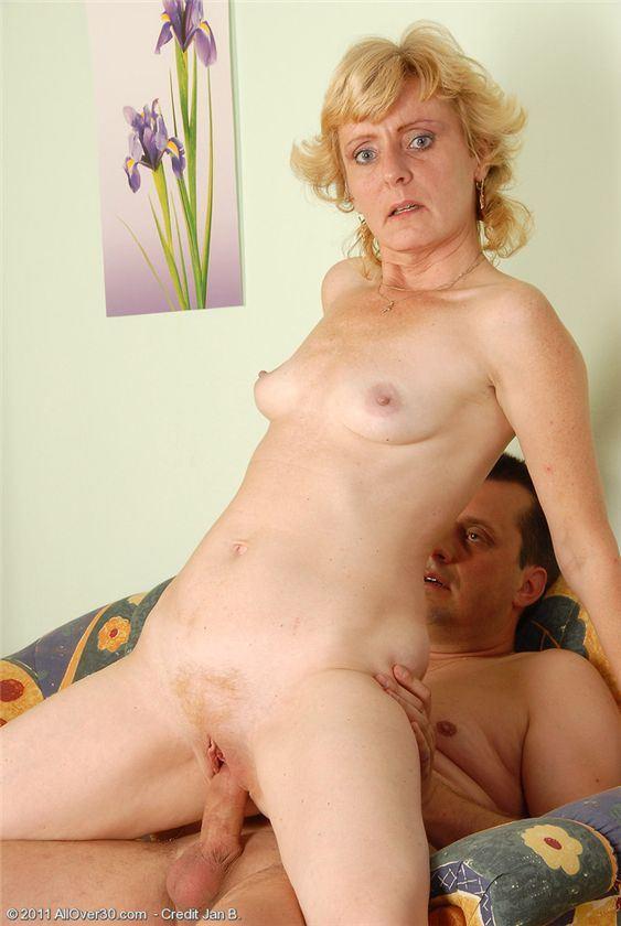 фото старуха порно