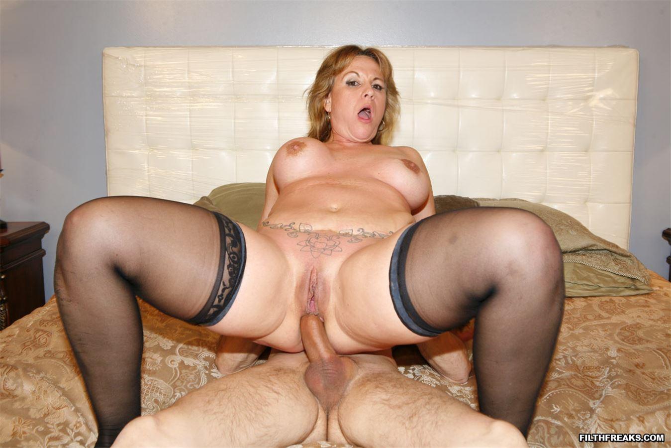 порно ролик знатные дамы