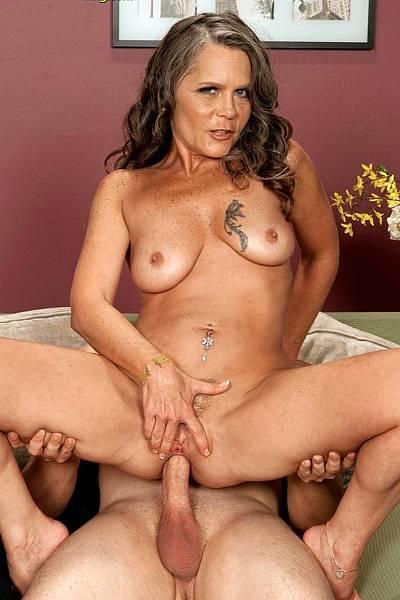 Порно мадам ебли фото, голые супер мини киски фото