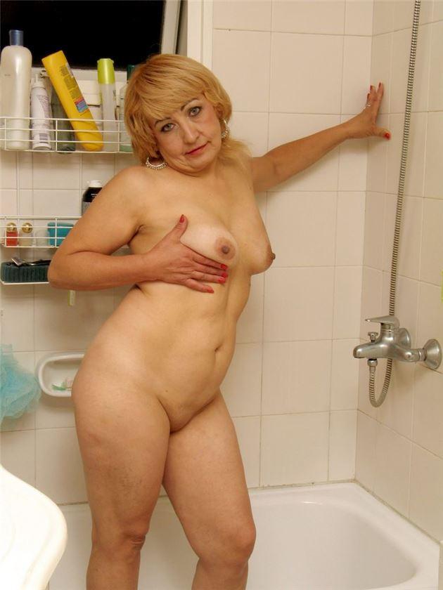 фото пухлая и голая