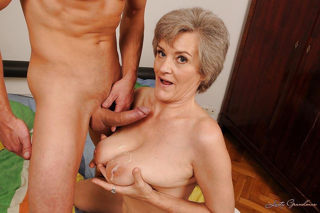 пышная дама голая