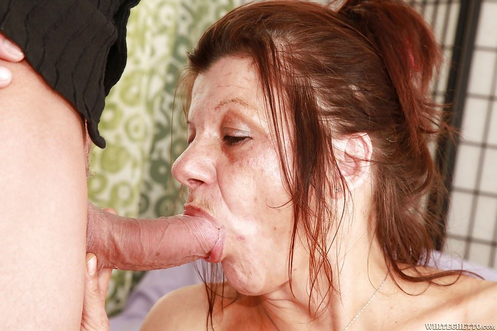 Mom blow job video