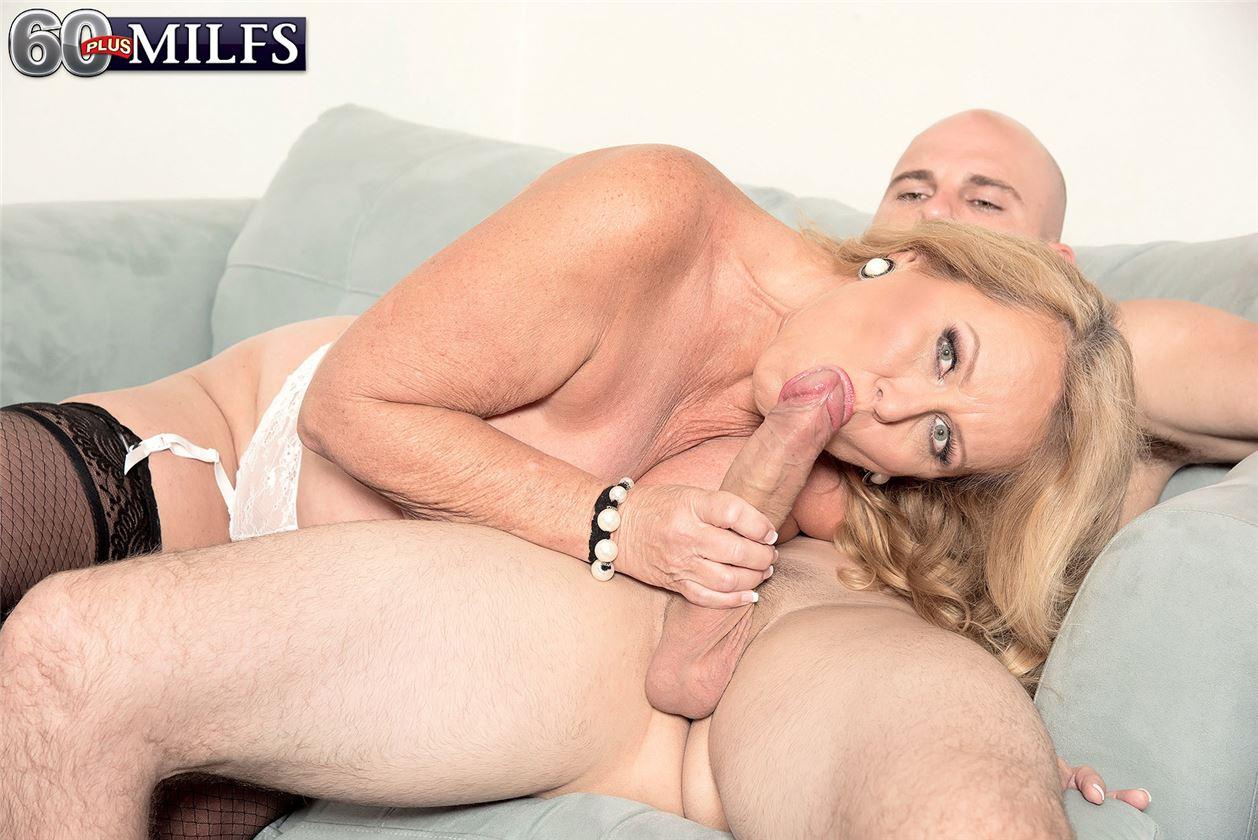 Секс с директоршей 21 фотография