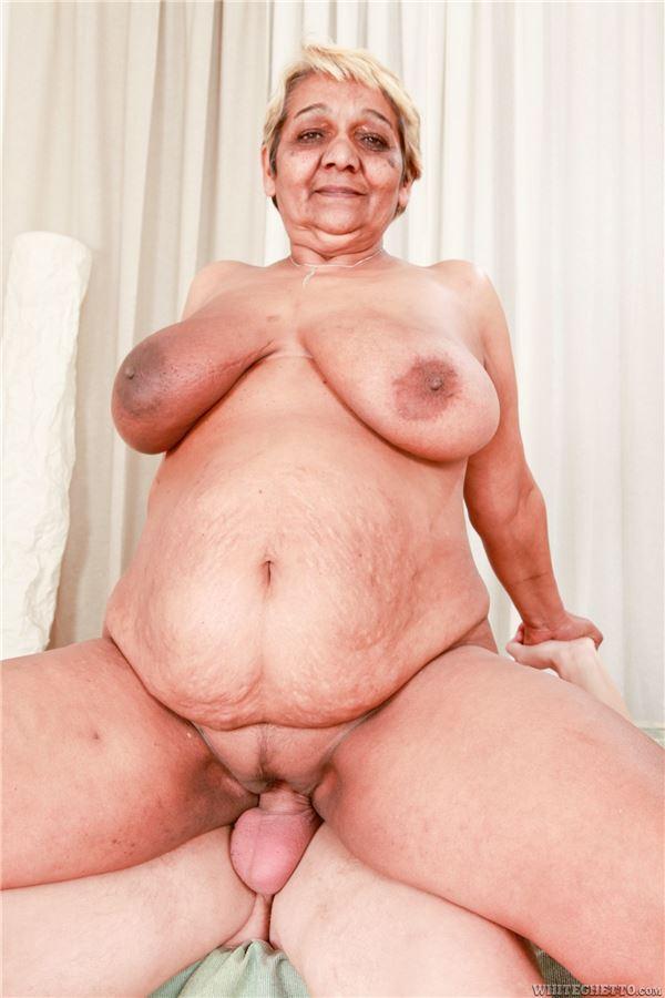 Эротичные толстушки с большими сиськами