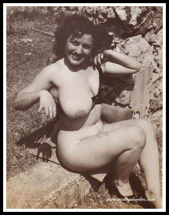 фото ретро обнаженных женщин