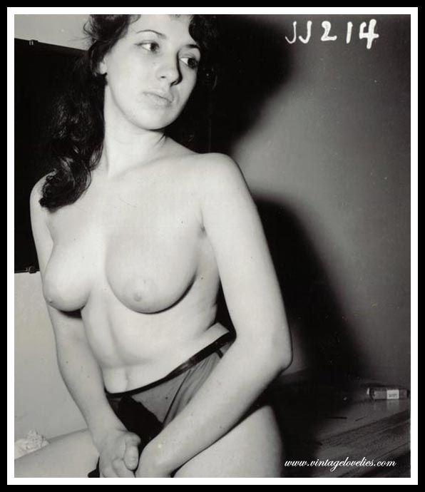 фото порно в старинных нарядах смотреть онлайн