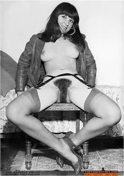черно белые порно фото зрелых женщин