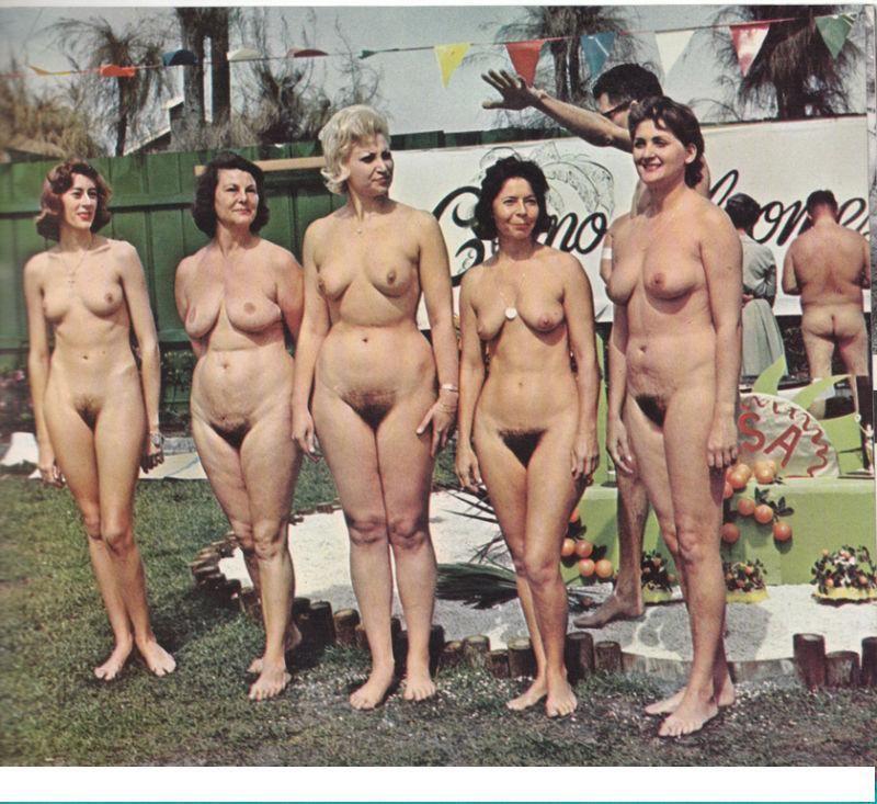 Групповые фото обнаженных девушек