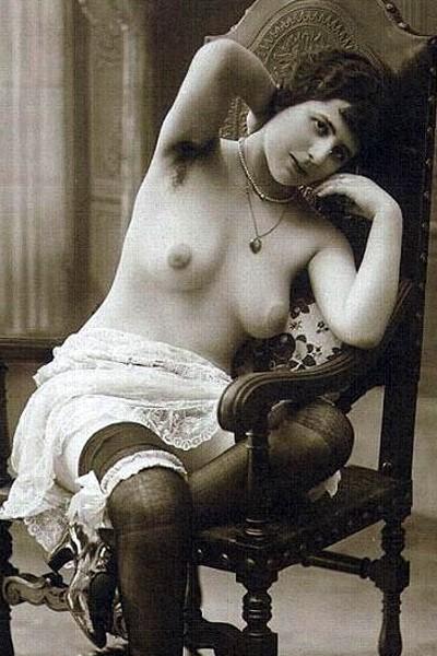 Старинные фотографии женщин с красивой грудью