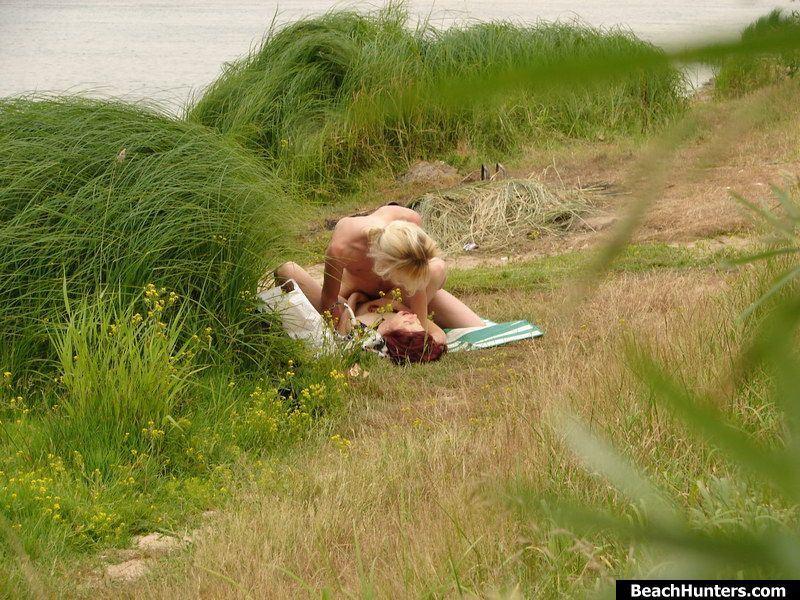 голая девушка в душевой фото