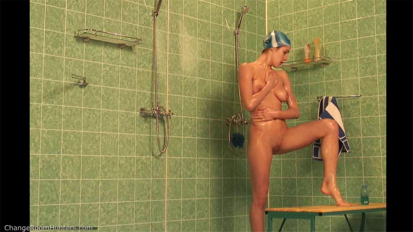Смотреть порно онлайн скрытая камера в женской сауне