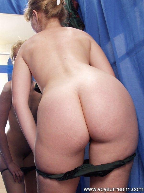 порно секс в примерочной фото