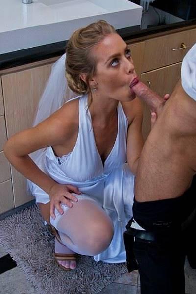 Блудливая невеста трахается со свидетелем в ванной