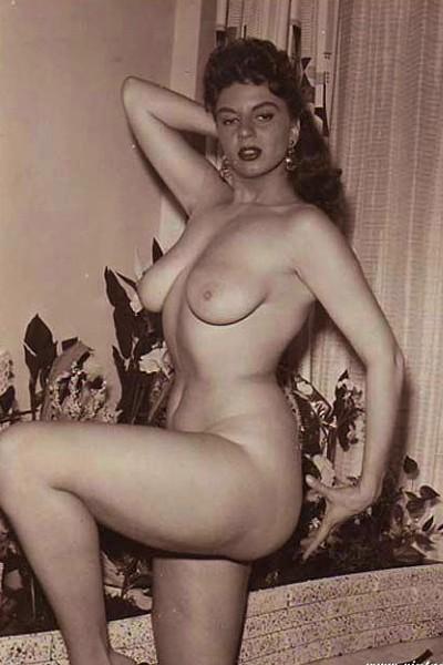 Красивые голые девушки 70-х годов