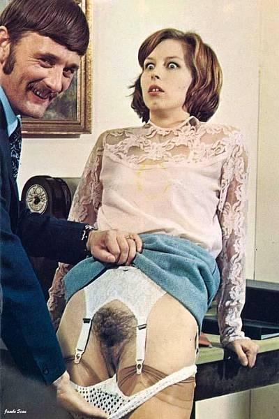 Винтажные фотографии девок с волосатыми пиздами