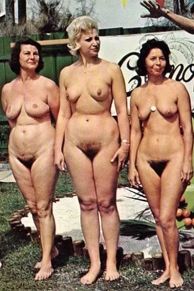 Групповые ретро фото голых женщин с волосатой пиздой